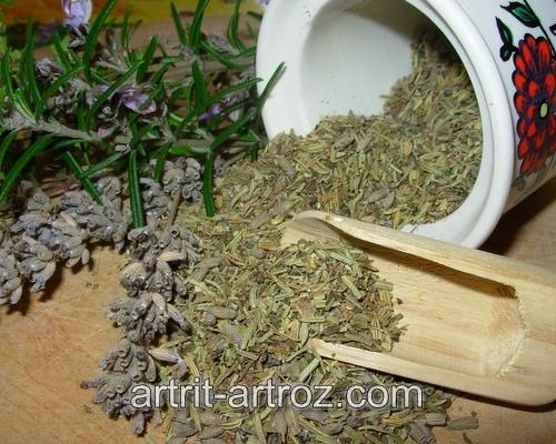 смесь высушенных трав