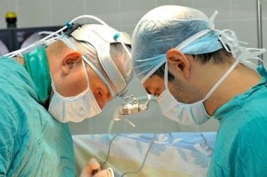 два хирурга